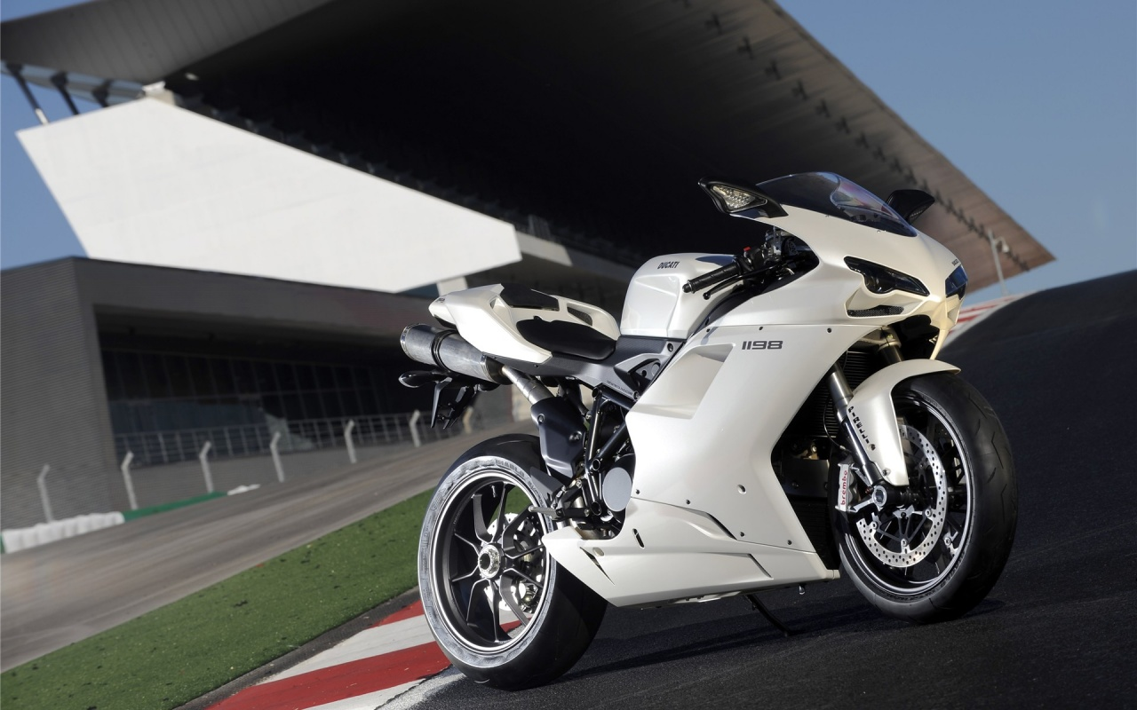 Ducati 1198 On Race Track Backgrounds