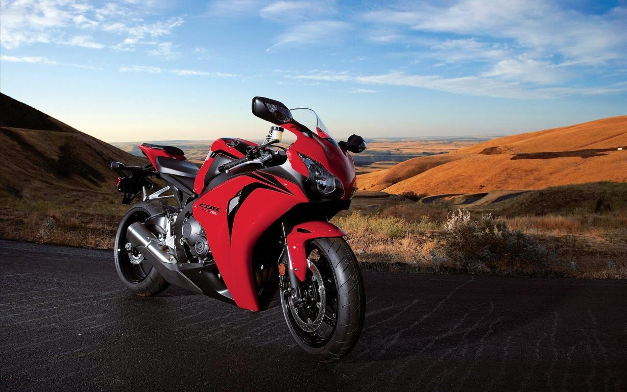 Honda CBR 1000RR Mountain Ride Backgrounds