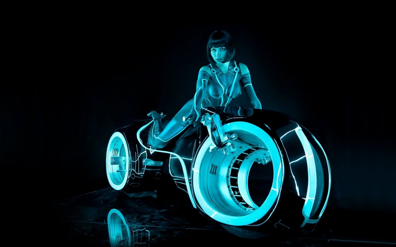 Tron Legacy Light Cycle Paper