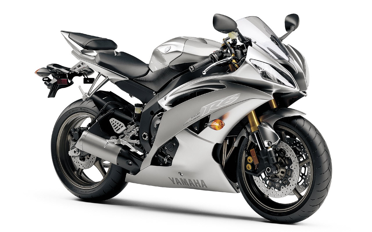 Yamaha R6 Silver Finish Backgrounds