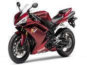 Racing Bike Yamaha R1 Backgrounds